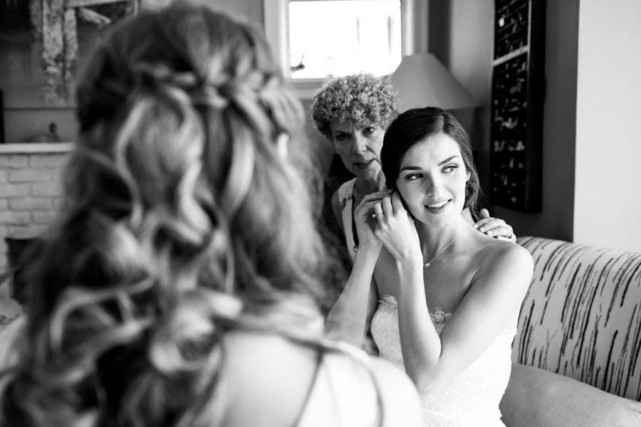 documentary-vancouver-wedding-photographer