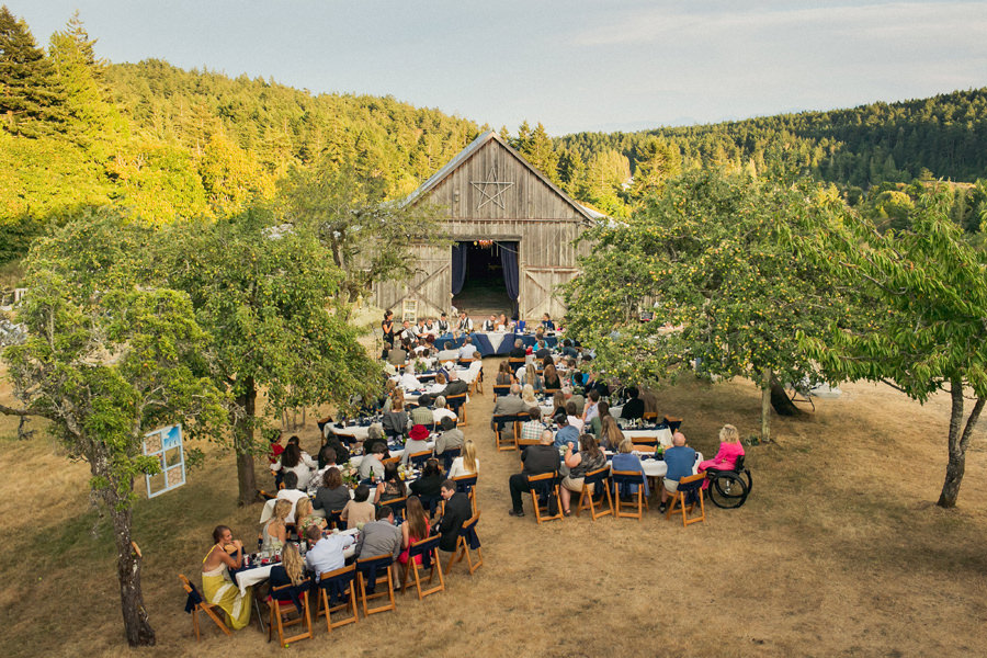 glenrosa farm outdoor barn wedding