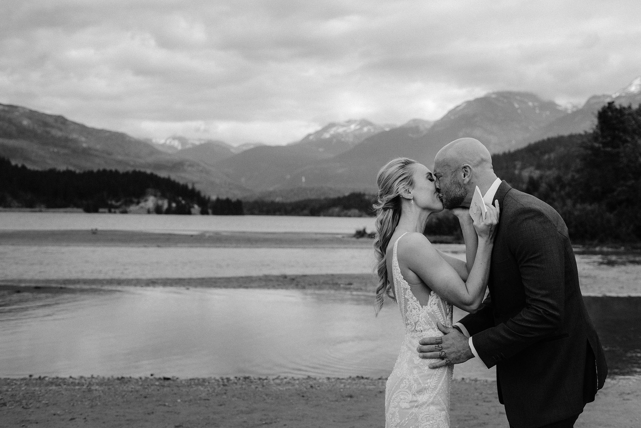 Nita Lake Lodge Wedding Romantic06